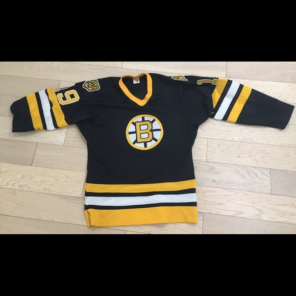 darby Other - Vtg Boston bruins jersey made in Canada size 44